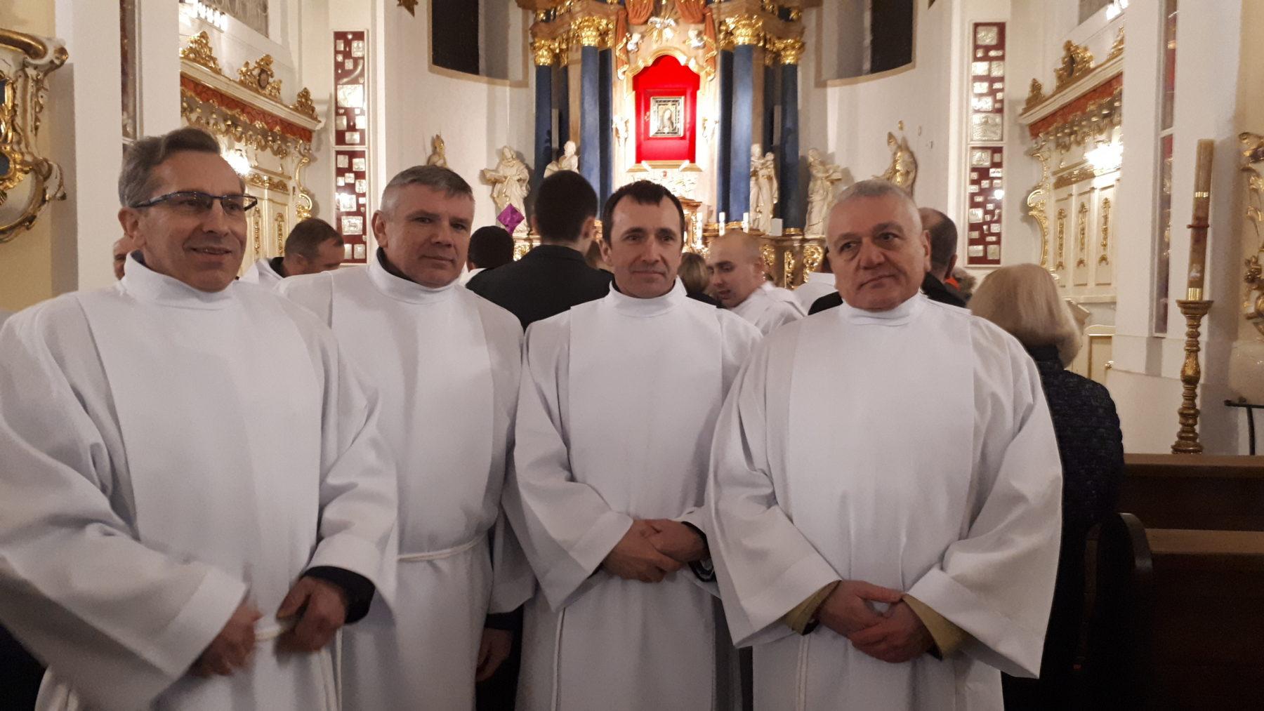 Nadzwyczajni Szafarze Komunii Świętej